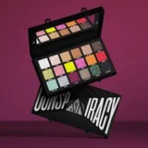 Jeffree Star Makeup - 💖IM BACK 😁💙Top Rated Seller of JSC!! 💙